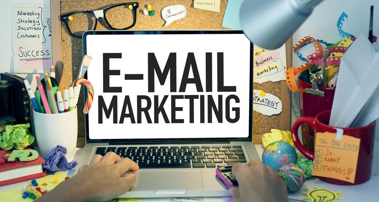 メールマガジンとアクセス解析を合わせた強力なマーケティングを実践する方法